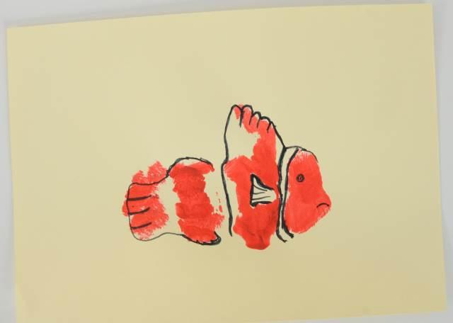 clown fish hand print