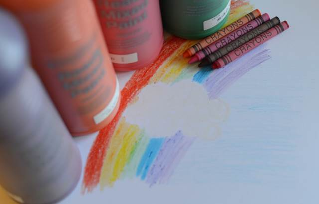rainbow crayon art