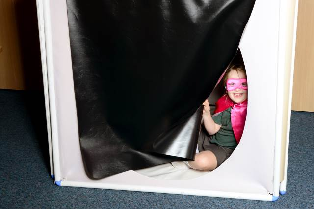 superhero reading den
