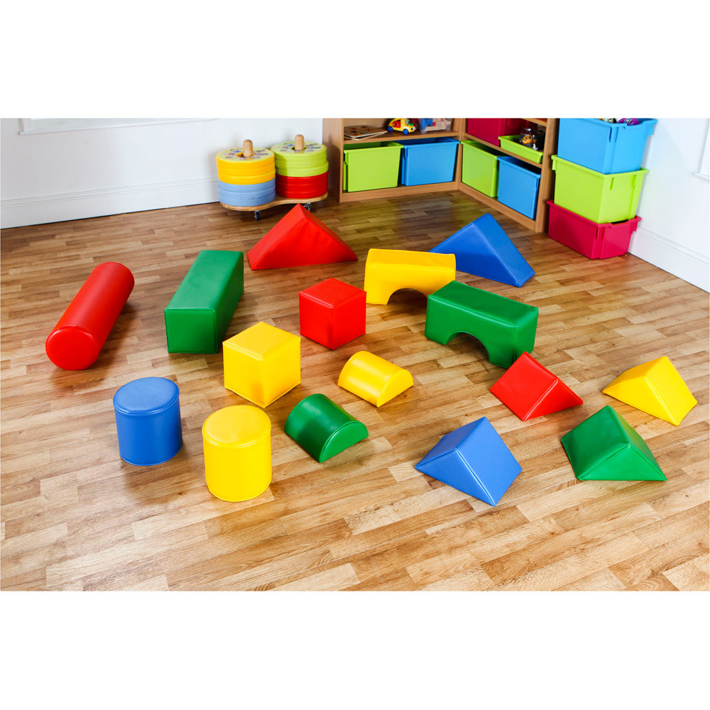 16 Piece Soft Play Activity Set