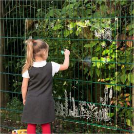 TTS Clear Acrylic Outdoor Nature Easel